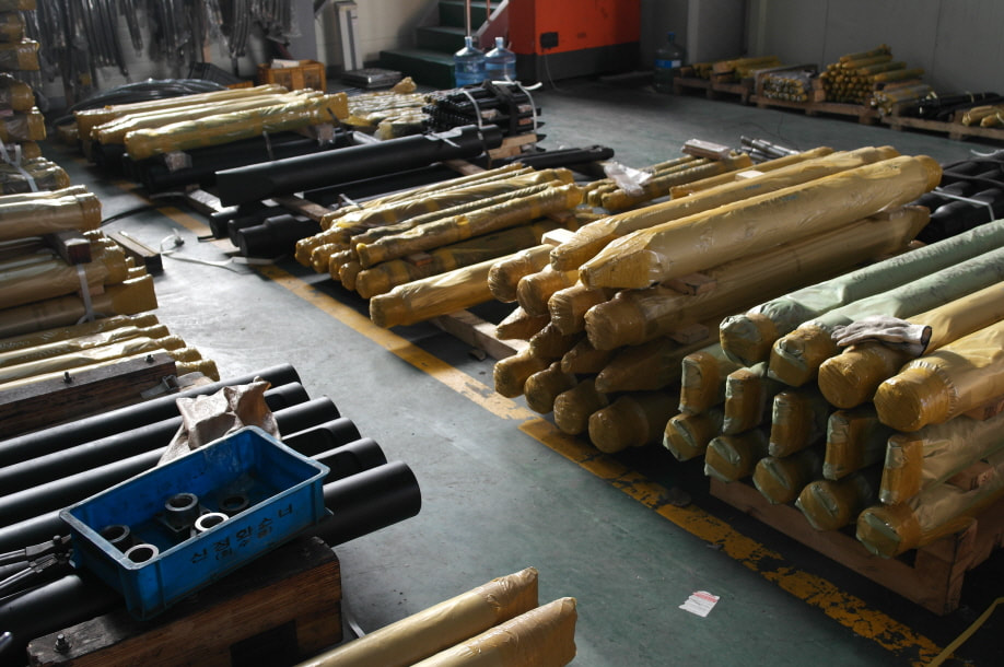 After sales parts and support for hydraulic breakers and hydraulic hammers, Caloocan, Metro Manila, Philippines